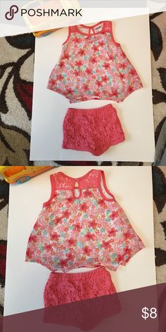 Toddler outfit The little Top is lace and flower embezzlements with little lace shorts. This little outfit is so precious 🍦🎪🎡 Little Lass Matching Sets