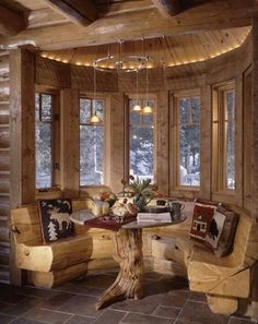 Great cabin kitchen seating