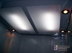 Ascensores Gerhardt - Detalle de una cabina de ascensor realizada en chapa