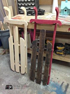 how to make a wood sled of your own for winter and Christmas decorations perfect for painting #woodworkingprojects #WoodworkingPlansForKids