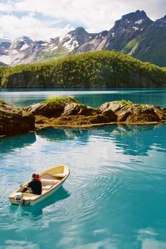 Norway is a real-life wintry kingdom just waiting to be explored.