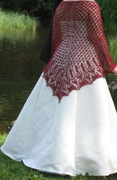 I'd love to make this in blue for my wedding...if I ever get married again.