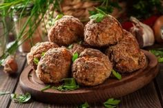 Monika's Molecular Meals: Old School Italian Meatballs (Juicy, Delicious & Packed With Protein! Veggie Recipes, Vegetarian Recipes, Cooking Recipes, Healthy Recipes, Baked Meatball Recipe, Meatball Recipes, Comida Tex Mex, Whole 30 Meatballs, Food Inspiration