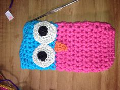 Crochet phone case owl - Picture only - no directions, but maybe I can figure it out!