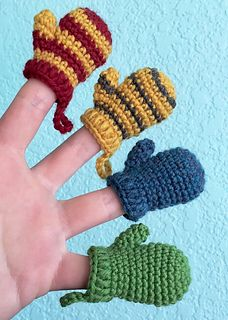 Keychains, garlands, earrings, oh my! Make dozens of mini mittens to decorate both yourself and your home this holiday season. In the colors of a Hogwarts house or a favorite sports team, they make the perfect quick and easy handmade gift!