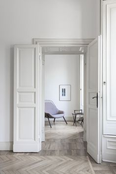 gran kobi armchair with Kvadrat fabrics. Design by Patrick Norguet #aliasathome #aliasatwork #aliasdesign