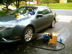 At the car wash Workin at the car wash, yeah