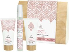 Urban Rituelle - Dreamweaver - Coconut & Lotus - Island Getaway Gift Set. A strikingly beautiful aquatic fragrance with a tropical twist, blending delicate lotus blossoms, powdery musk & a sprinkle of coconut. This trio of travel sized products is the perfect combination for a quick getaway.  Capturing the exotic scents of the tropics, the set includes a skin-nourishing Hand & Body Wash, soothing Hand & Body Lotion & handbag friendly Summer Scents Perfume.