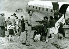 Belgian refugees from arriving in Salisbury aboard a Royal Rhodesian air force Dakota July 1960 Ian Smith, Lord Of Hosts, Military Special Forces, Refugee Crisis, Out Of Africa, Folk Music, U2, Zimbabwe, Congo
