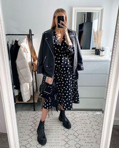 Polka Dot Print, Polka Dots, Pregnancy Style, Black Heel Boots, Maternity Fashion, Day Dresses, Bump, Work Wear, Midi Skirt