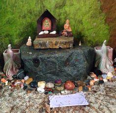 Alter in Earth Sanctuary dolmen