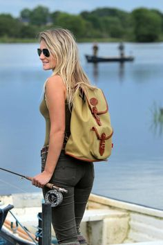 Fly Fishing Enthusiast & Chapman Brand Ambassador Marina Gibson - Sporting the Classic Border Rucksack Bass Fishing Rods, Fly Fishing Knots, Crappie Fishing Tips, Usa Fishing, Fly Fishing Gear, Fishing T Shirts, Fishing Outfits, Fishing Tackle, Best Fishing Days