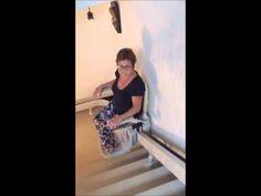 Instalación de una silla salvaescaleras curva con punta abatible - YouTube