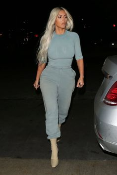 Kim Kardashian West Wears 9 Head-Turning Looks in One Day - Kim Kardashian West Wears 9 Head-Turning Looks in One Day – Kim Kardashian West from InStyle - Khloe Kardashian, Kardashian Photos, Kardashian Kollection, Kardashian Workout, Kardashian Fashion, Fashion Shoot, Look Fashion, Fashion Models, Fashion Outfits