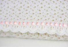 It's all about the crochet edge! #crochetedging #crochet #croche #häkeln #crochetblanket #crochetblanket #crochetersofinstagram #instacrochet #blanketpattern #babyshawl #baby #babyblanket #bebe #ganchillo #crochet_patterns_lmd #babygirl #etsy #etsysellersofinstagram #handmade #handmadeblanket by crochet_patterns_lmd