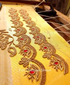Whatsapp 9133502232 Kurti Embroidery Design, Embroidery Neck Designs, Bead Embroidery Patterns, Hand Work Embroidery, Simple Embroidery, Beaded Embroidery, Wedding Saree Blouse Designs, Fancy Blouse Designs, Maggam Work Designs