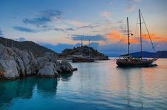 Gulet Victoria Mediterranean Sea luxury crew cruise by Yacht Boutique www. Boat Hire, Boat Rental, Sailing Cruises, Sailing Ships, Sailing Boat, Cruise Italy, Sailing Holidays, Charter Boat, Victoria