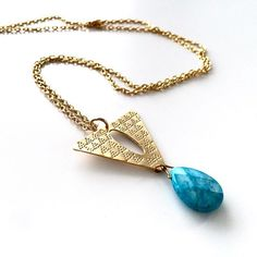 It's all about longer & delicate #necklaces! Gold & Blue always compliment each other. #howlite #semiprecious #stones #standoutboutique #jewellery #designer