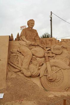 sand sculpture1 De fabuleuses sculptures de sables.