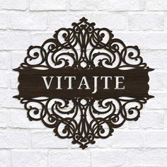 Drevená ozdoba na dvere s nápisom Vitajte │DUBLEZ Retro Vintage, Home Decor, Homemade Home Decor, Decoration Home, Interior Decorating