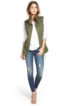 Pleione Vest, Caslon® Sweatshirt & KUT from the Kloth Skinny Jeans