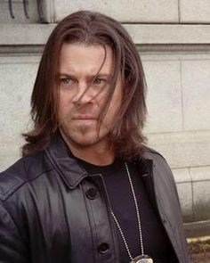 Awesome screen cap from Leverage by Konny Kreisckother This is Christian Kane  actor, singer, songwriter, stuntman, cook!