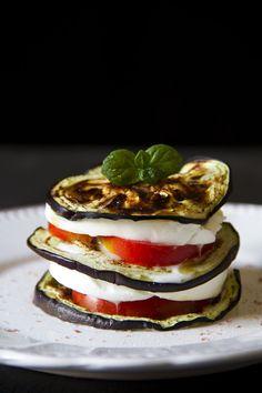 Parmigiana fredda di melanzane - Fresh italian parmigiana