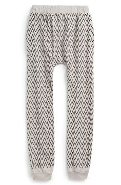 Free shipping and returns on MINI & MAXIMUS 'Zig Zag' Jogger Pants (Toddler Boys, Little Boys & Big Boys) at Nordstrom.com. Made in the USA from pure organic cotton with a relaxed, slouchy fit, these remarkably soft jogger pants are patterned in a cool zigzag print for a playful everyday look.