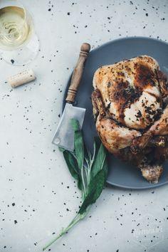kokonainen kana uunissa