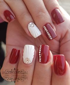 Here are gorgeous nail designs for valentine's day. From the traditional red to pink nail designs and many more. Nail Art Designs, Bright Nail Designs, Long Nail Art, Long Nails, Shiny Nails, Red Nails, Cute Nails, Pretty Nails, Glitter Nail Art