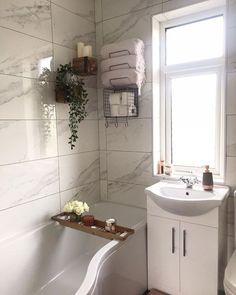✔️45 Minimalist Towel Rack Ideas 2019! ,  #Ideas #Minimalist #rack #Towel #t... ,  #Ideas #Minimalist #rack #Towel #towelrackbathroomtub Towel Shelf, Towel Rack Bathroom, Towel Racks, Stacking Shelves, Washroom Design, Hanging Towels, Luxury Towels, Bathroom Styling, Bathroom Ideas