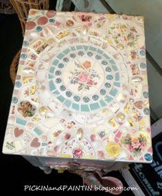 Ideas For Diy Table Top Mosaic Broken China Mosaic Art Projects, Mosaic Crafts, Mosaic Ideas, Tile Crafts, Mosaic Wall, Mosaic Glass, Stained Glass, Paper Mosaic, Mosaic Mirrors