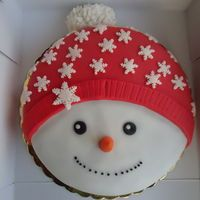 25 Pretty Snowman Cake Ideas for Christmas Christmas Cake Designs, Christmas Cake Topper, Christmas Cake Decorations, Christmas Cupcakes, Christmas Sweets, Holiday Cakes, Christmas Cooking, Christmas Goodies, Christmas Crafts