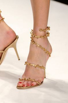 Issa Spring 2011 #heels #gold #stilettos How amazing would these shoes be to wear them for your Rehearsal Dinner for your Isles of Greece themed Wedding!