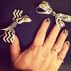Lady ANNAS Accesories is now matching bows with nail wraps . For more info contact me.