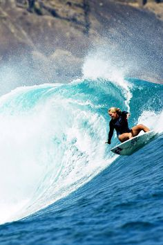 Riding the last wave of summer.... Felicity Palmateer Photo: Duncan Macfarlane (9) Tumblr