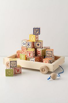 love this little wagon to hold the blocks