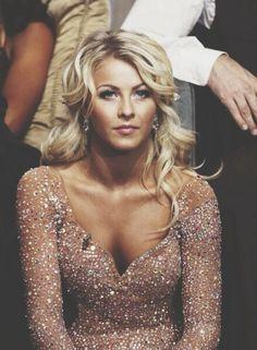 Nuances de blond : Julianne Hough