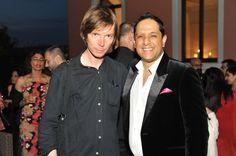 Adam Szymczyk (left), artcritic and curator of Documenta 17 together with Bengal collector Rajeeb Samelani.