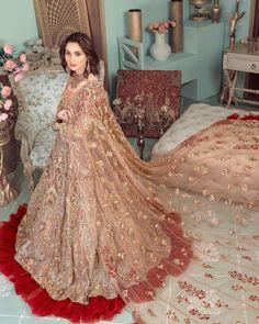 Frock Fashion, Indian Fashion Dresses, Indian Bridal Fashion, Bridal Mehndi Dresses, Bridal Dress Design, Pakistani Wedding Outfits, Pakistani Wedding Dresses, Heavy Dresses, Bridal Lehenga Collection
