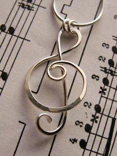 Ciondolo chiave di violino - Design di artigianale oro 14 k, giallo, bianco o rosso oro...Collana fascino, dono musica