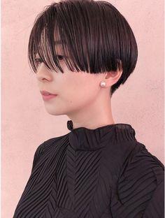 Asian Bangs, Asian Short Hair, Girl Short Hair, Short Bangs, Short Hair Cuts, Short Hair Styles, Korean Haircut, Hair Arrange, Bowl Cut