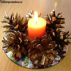 Новогодние поделки из дисков «Подсвечник»                                                                                                                                                                                 More Christmas Art, Simple Christmas, Christmas Holidays, Easy Christmas Decorations, Christmas Table Settings, Pine Cone Crafts, Christmas Crafts, Christmas Ornaments, Cd Design