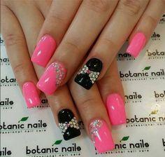 Black and pink nails #black #polish #nailart