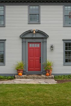 Remarkable Gray House Red Front Door with 35 Different Red Front Doors Many Designs Pictures Exterior Door Trim, Grey Exterior, House Paint Exterior, Exterior House Colors, House Siding, Grey Front Doors, Front Door Entrance, Front Door Colors, Red Doors
