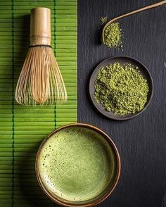 A Matcha Made in Heaven. If you're looking for an energy boost that's also packed with antioxidants and chlorophyll, matcha is your drink. Try our recipe for Matcha Tea Coconut Latte, a creamy treat that's too good to miss. Coconut Latte Recipe, What Is Matcha, Matcha Tea Benefits, Photo Food, Japanese Tea Ceremony, Tea Brands, Drinking Tea, Holistic Nutrition, Nutrition Guide