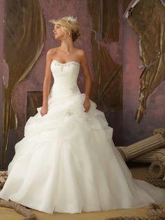 Hjärtformad Ball Gown Organza rmlös Court Släp Bärlbroderi Wedding Dresses
