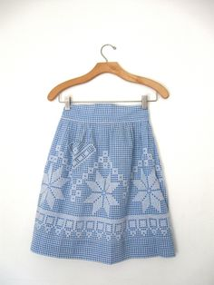Cornflower Blue & White Embroidered Cross Stitch Apron Retro Kitchen Vintage Cornflower Blue & White Embroidered Cross Stitch Apron Retro Kitchen by ErmaJewelsVintage on EtsyStitch Stitch, Stitches or Stitched may refer to: Chicken Scratch Patterns, Chicken Scratch Embroidery, Retro Apron, Aprons Vintage, White Embroidery, Embroidery Patterns, Apron Patterns, Dress Patterns, Girl Scout Swap