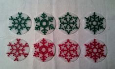 Christmas snowflakes ornaments hama beads by Flores de Celofán
