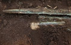 4,000-year-old gold-hilted Bronze Age sword found in Scotland